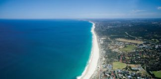 picture of cottesloe beach in perth