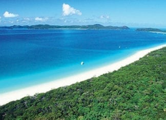 view of the whitsunday islands