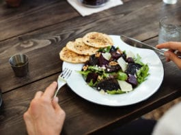 East Coast Australia Tours – Best Places to Eat in Byron Bay