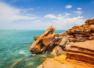 Perth to Broome coach tours 10 days