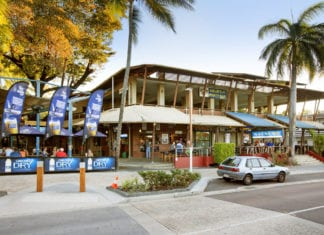 Things To Do In Airlie Beach Pubs And Night Clubs