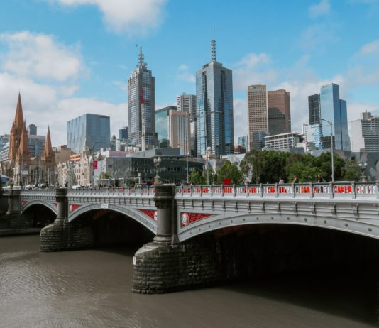 Why Should you Migrate to Melbourne