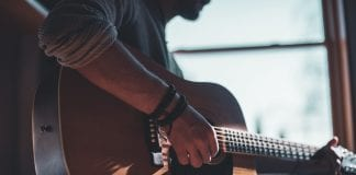 4 Tips for Learning to Play an Instrument