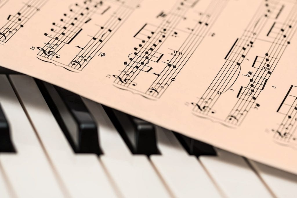 How to Take Piano Lessons on a Tight Budget