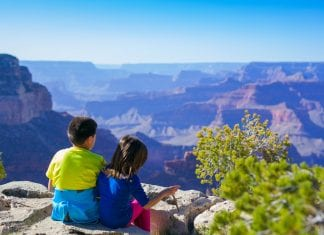 How to Keep Your Kids Healthy While Travelling