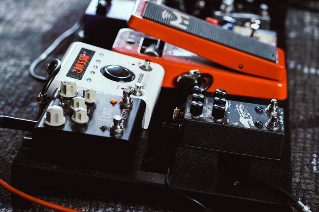 Essential Guitar Pedals for Beginners