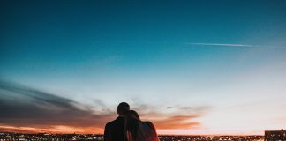 Ideas for a Date While Traveling Across Australia
