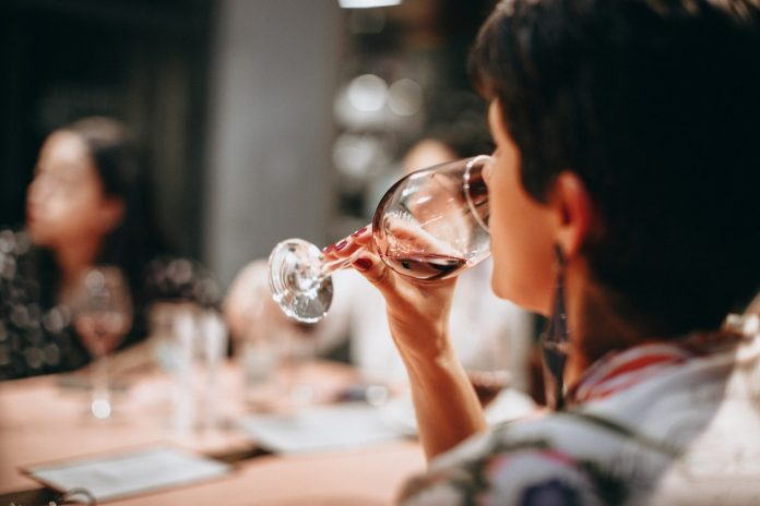 How To Host The Wine Tasting Party